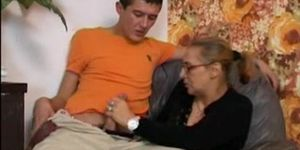 Sperma oma liebt 11 Frauen