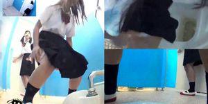 Japanese Student Toilet Voyeur Porn Videos