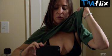 Pamela Adlon  nackt